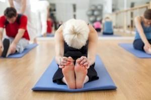 bai-tap-yoga-giam-can-hieu-qua-2