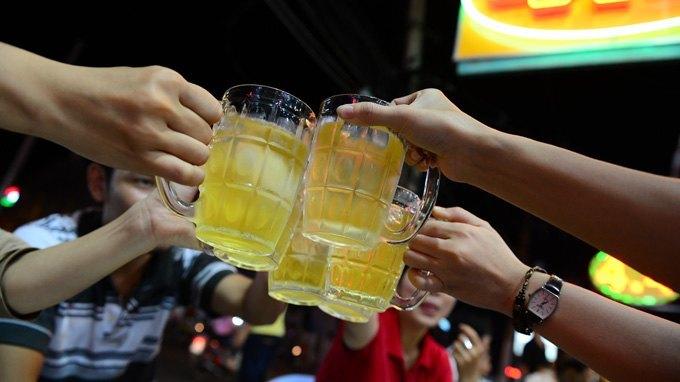 men gan tăng cao khi uống rượu bia