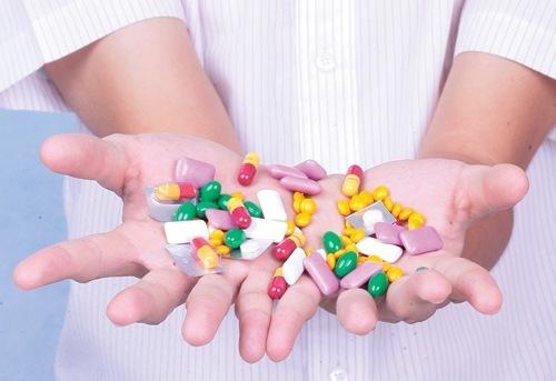 Sử dụng thuốc kháng sinh không đúng cách