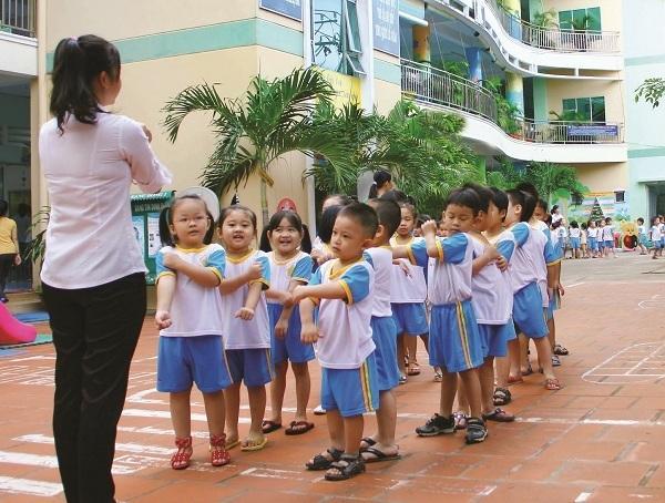 rèn luyện thân thể cho trẻ