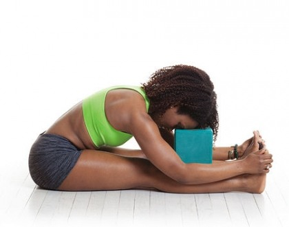 Yoga trị đau đầu