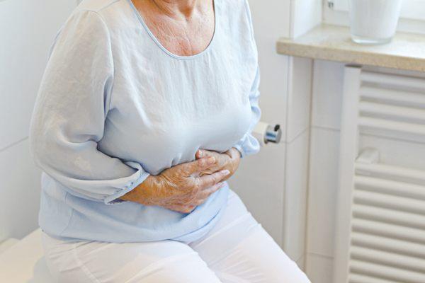 người cao tuổi hay bị viêm ruột