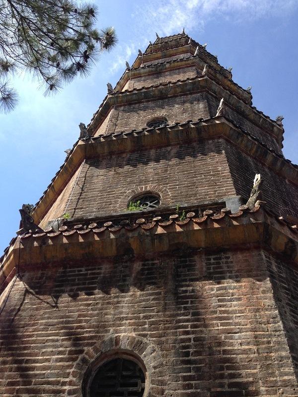 Tháp chùa Thiên Mụ