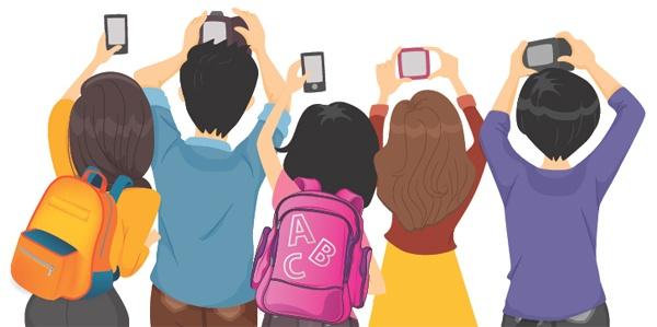trẻ sử dụng điện thoại di động