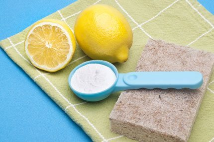 lemon-baking-soda-green-cleaning